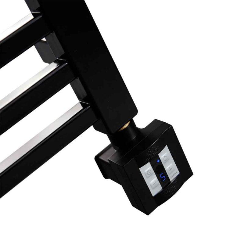 Elpatron KTX 4 i svart utförande för dolt elmontage