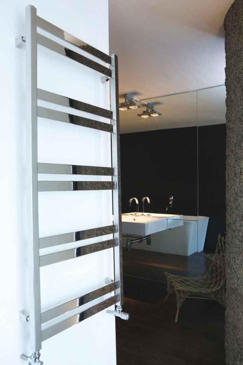 Cat Ladder rostfri handdukstork med vattenburen värme.